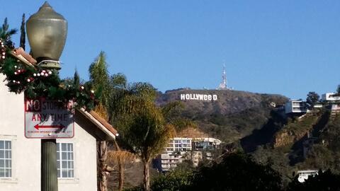 Imagen del letrero de Hollywood como 'Hollyweed' tomada por un vecino el...