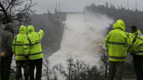 Una falla en la ruta desagüe llevó al desbordamiento de la p...