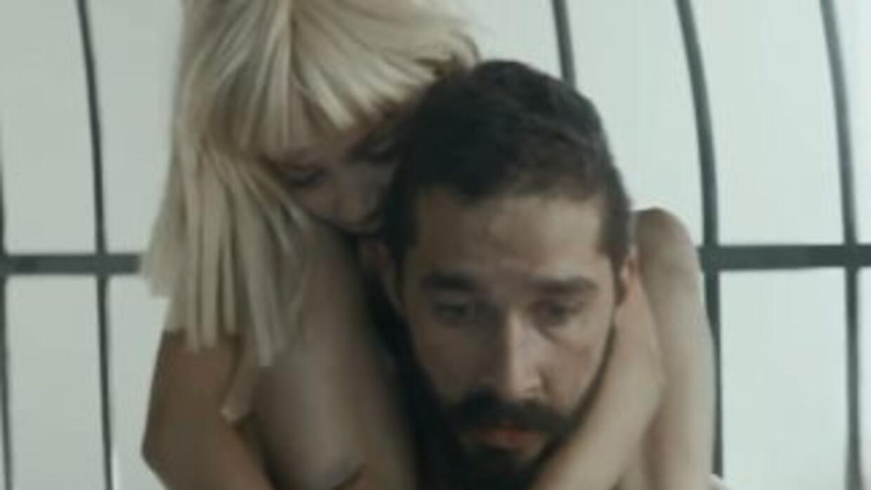 El polémico clip de 'Elastic Heart' ha acumulado más de 30 millones de v...