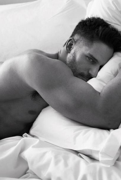 ¿Alguien quiere acompañarlo en la cama?  Mira aquí...