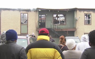 Incendio en complejo de apartamentos al noroeste de Houston desplazó a r...