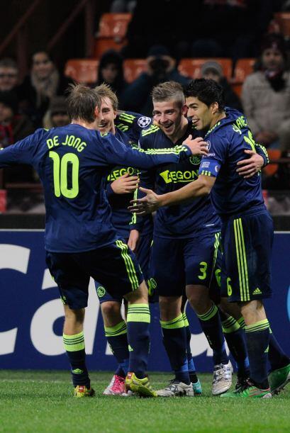 Y más tarde llegó el gol definitivo de Alderweireld para l...