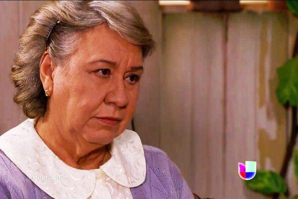 Eres muy afortunada Miguelina, además de tener un súper nieto, hay perso...