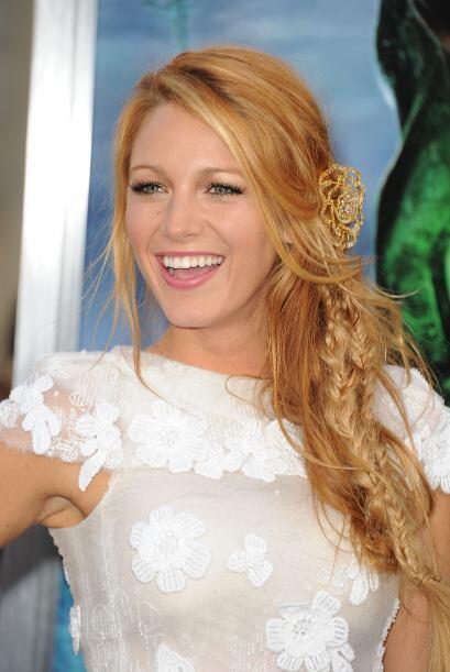 Blake Lively tiene unos de los cabellos mas lindos de Hollywood. Lleva u...