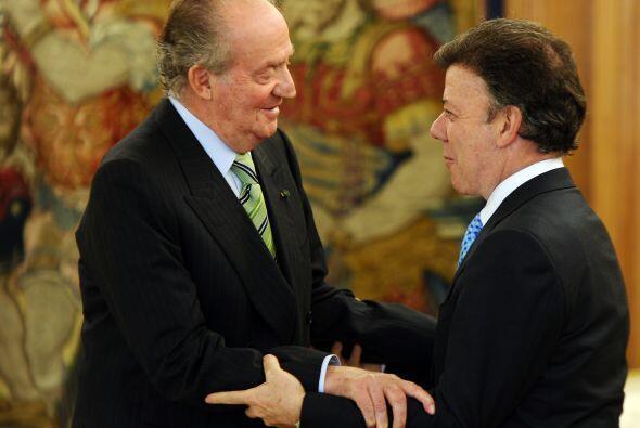 El Rey de España Juan Carlos le dio la bienvenida al Palacio Real