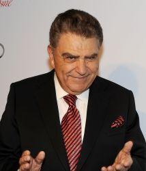 El presentador del programa de televisión más longevo de América, Sábado...