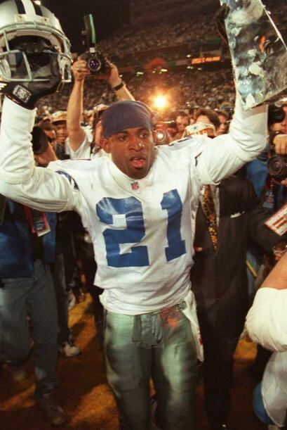Después defendió los colores de los Dallas Cowboys y por si fuera poco f...
