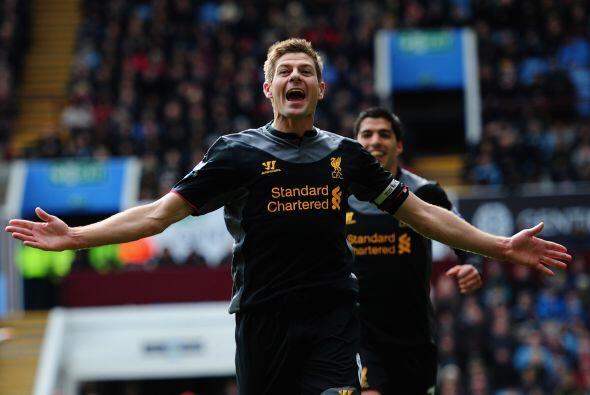El capitán del Liverpool convirtió el penalti con el que sus 'Reds' remo...