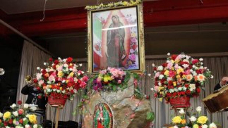 La Virgen de Guadalupe es venerada por los mexicanos que se encuentran e...