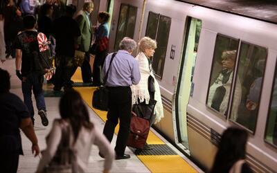 Los Ángeles permanece en alerta por una amenaza terrorista contra el metro