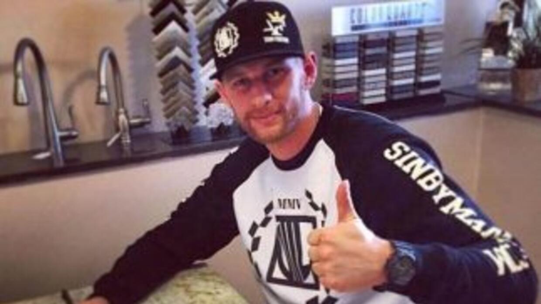 Andrzej Fonfara firmó el contrato para la pelea contra Chávez Jr. (Foto:...