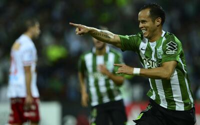 Atlético Nacional venció 4-2 a Huracán