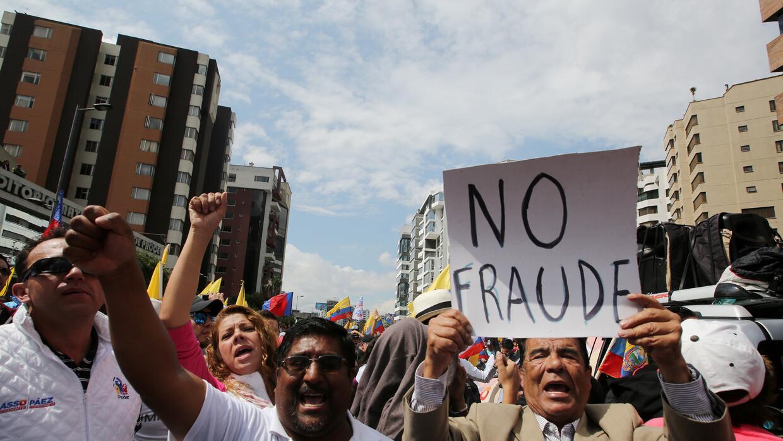 Resultado de imagen para ecuador medios fraude