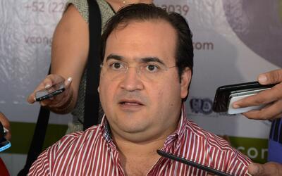 ¿Quién ayudó al exgobernador de Veracruz, Javier Duarte, a escapar en un...