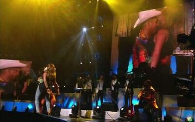 Espinoza Paz bailó como nunca junto a Alicia Machado