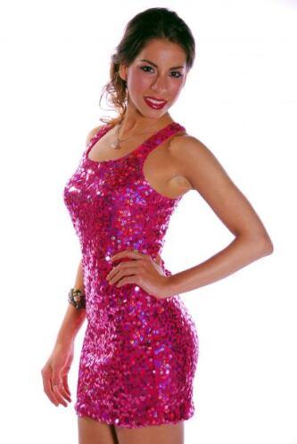 Aunque no pudo seguir en la competencia de Nuestra Belleza Latina fue un...