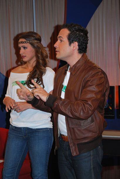 Carlos Y Melissa estuvieron bien 'verdes' por el Día Mundial de l...