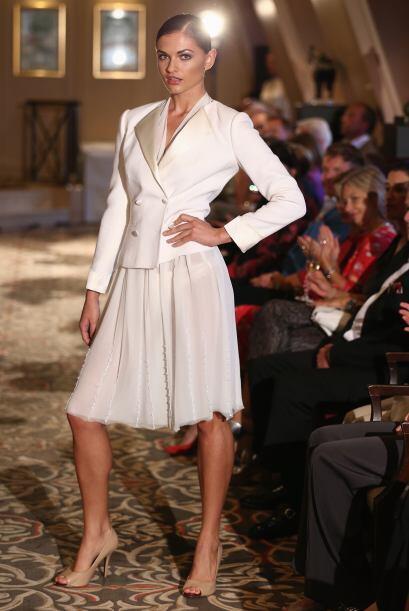 ¿Recuerdas a Carrie Bradshaw en su boda por el civil? Este es un...