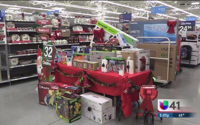 Comercios de San Antonio se alistan para el Black Friday