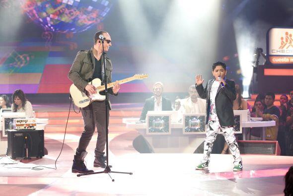 José Luis fue el afortunado de cantar con el cantante, aunque su...