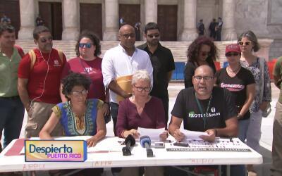 Profesores sin plaza de la UPR dan conferencia en el Capitolio para pedi...