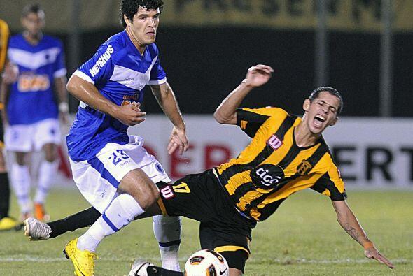 El ´Cruzao´´, dos veces campeón de la Libertadores, fue el dueño del bal...