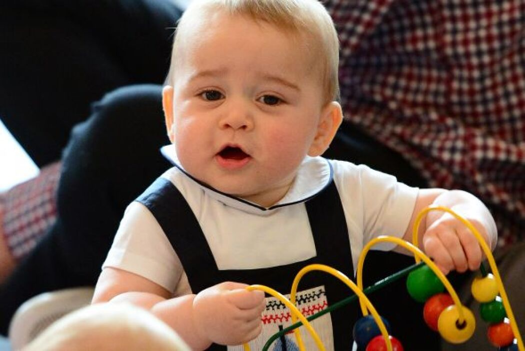 El primogénito de los duques de Cambridge es como cualquier otro bebé de...