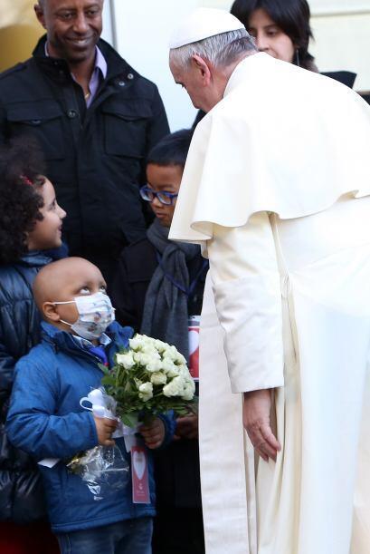 El papa hizo el comentario el sábado en su mensaje navideño a la Curia V...