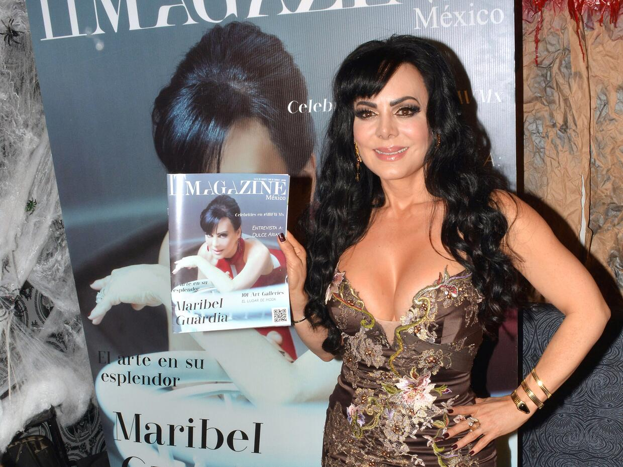 Maribel Guardia posó para IT Magazine y lucía espectacular.