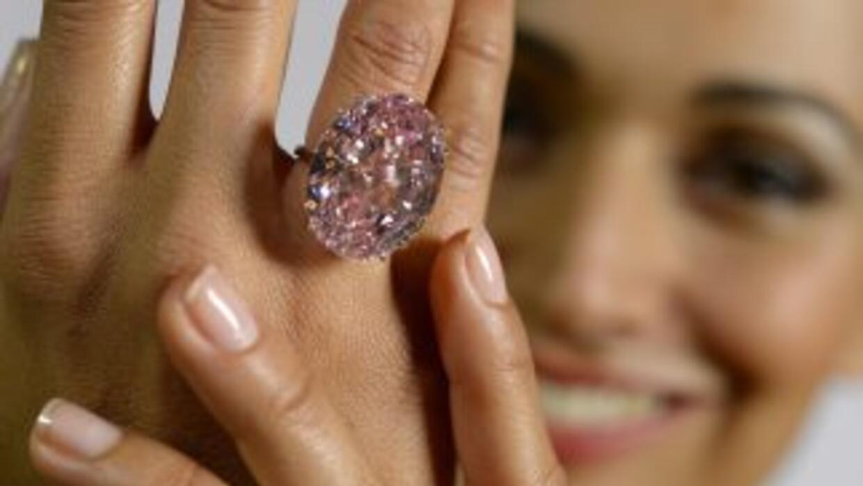 El Pink Star, diamante rosa de 59,60 quilates estimado en más de 60 mill...