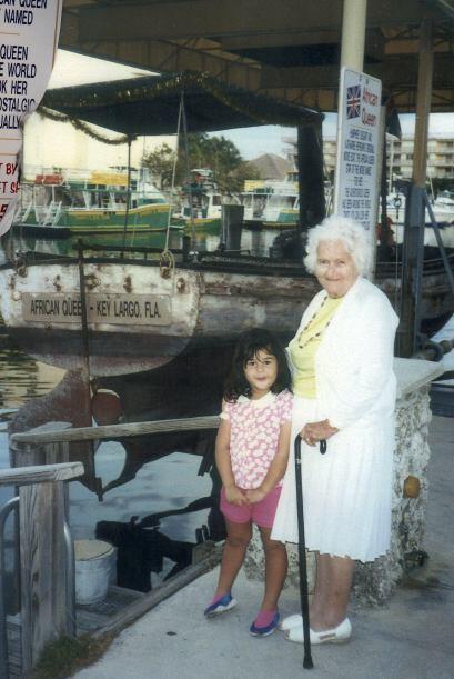 Annie Meston tiene toda una colección de fotos en las que ha estado en d...
