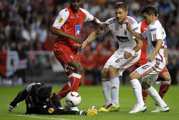 La zaga del Braga dio todo con tal de no permitir anotación en su portería.