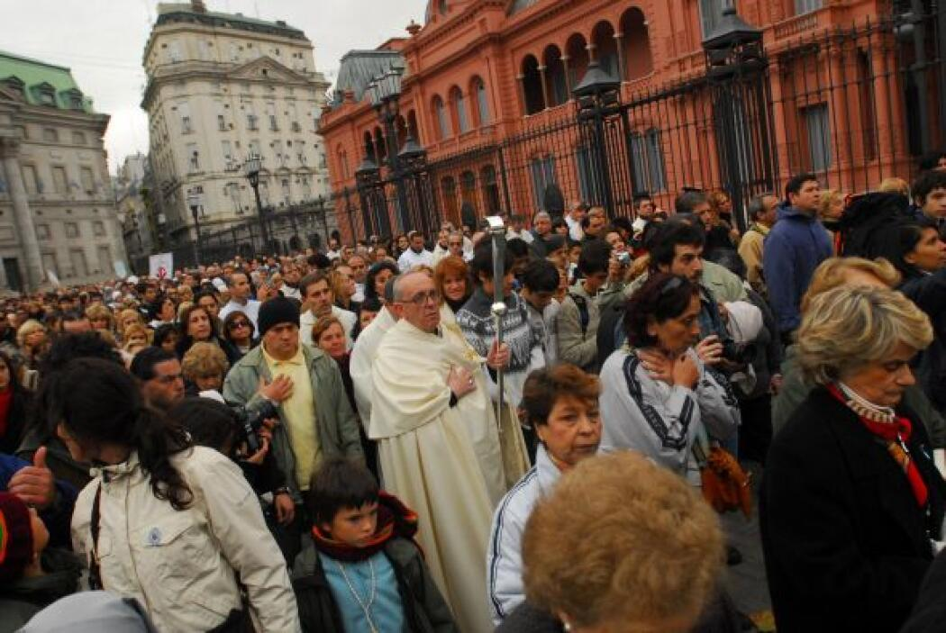 Procesión para recordar a las víctimas de Cromañon.  Crédito: Diario El...