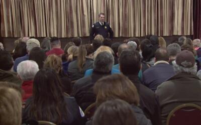Residentes de Jefferson Park asistieron a un entrenamiento contra los robos