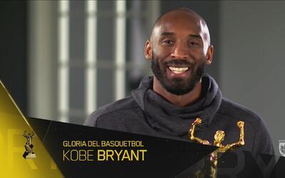 Kobe Bryant es reconocido como Gloria del Basquetbol