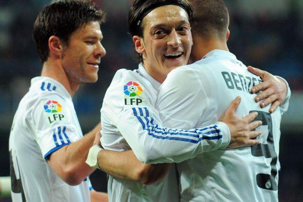 Ya eran cinco goles los anotados por los madridistas.