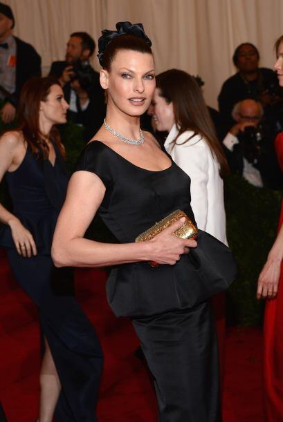 La supermodelo Linda Evangelista fue otra reina que eligió un bel...
