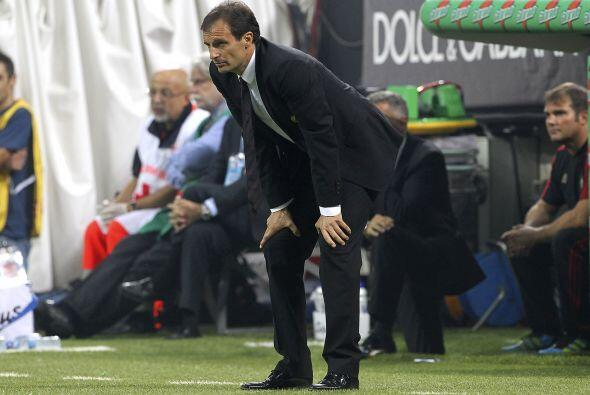 El técnico del Milan, Massimiliano Allegri, se mostró tran...