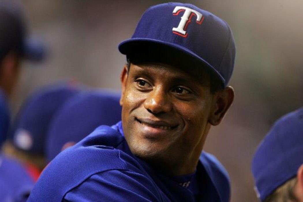 Sammy Sosa: Es un exbeisbolista dominicano de las Grandes Ligas y durant...