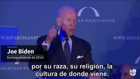 """Biden: """"No se puede definir a un estadounidense por su etnia, raza o rel..."""