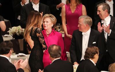 Así lucieron Hillary Clinton y Melania Trump en la tradicional ce...