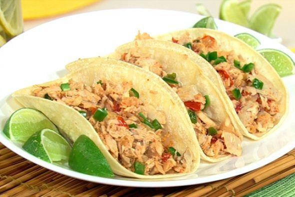 Tacos de atún de Karla Martínez:Hoy te presenta una receta súper práctic...
