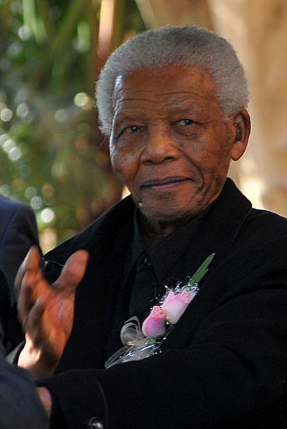 """4. NELSON MANDELA  Frase de superación: """"""""La muerte es..."""