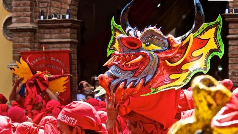 Exhibición de los Diablos Danzantes de Yare en Gilbert  diablo.jpg