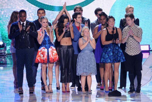 """El elenco de """"Glee"""" festejó su triunfo. ¿Qué te pareció?Mira aquí lo últ..."""