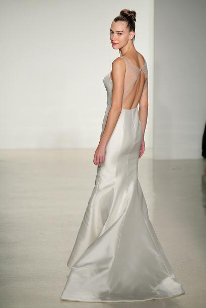 Las novias 'sencillas' más drásticas optan por cortes rectos, de telas l...