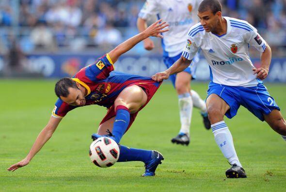 Iniesta marcó el ritmo del Barcelona y fue muy difícil de detener.
