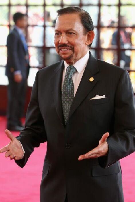 3. Hassanal Bolkiah. La crisis del petróleo de 1973 le convirtió en el h...