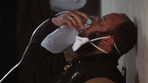 Uno de los heridos tras el supuesto ataque con químicos en Siria...