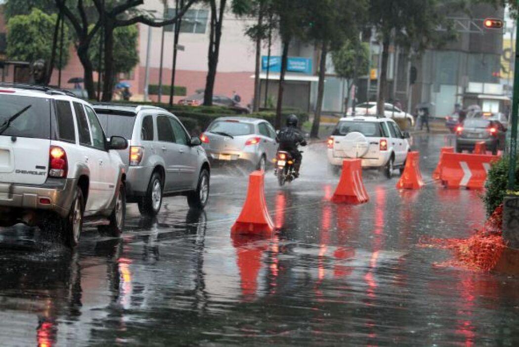 La ciudad de Puebla fue el escenario de una granizada que complicó el tr...
